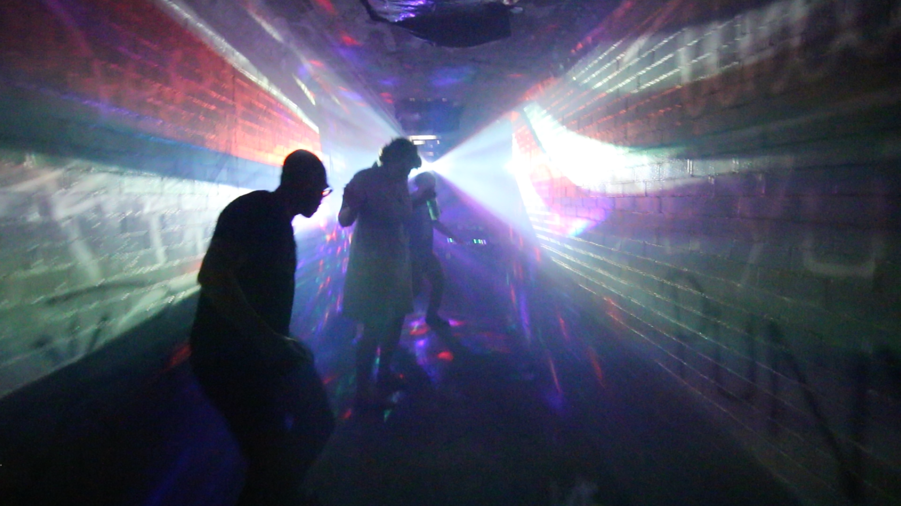 OMG 5 Tunnel Party